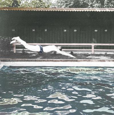 Kopfsprung, Waldbad Penzing, Wien. Ein junger Mann köpfelt ins Schwimmbecken. Aufgenommen um 1915.